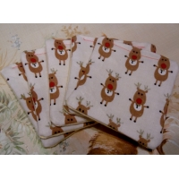 Pack of 5 Makeup Face Wipes - Cream Reindeer