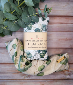 Gift Box: aromatherapy microwavable heat pack & soy wax candle